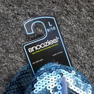 snoozies Shoes - SNOOZIES sequined slippers NEW WITH TAG